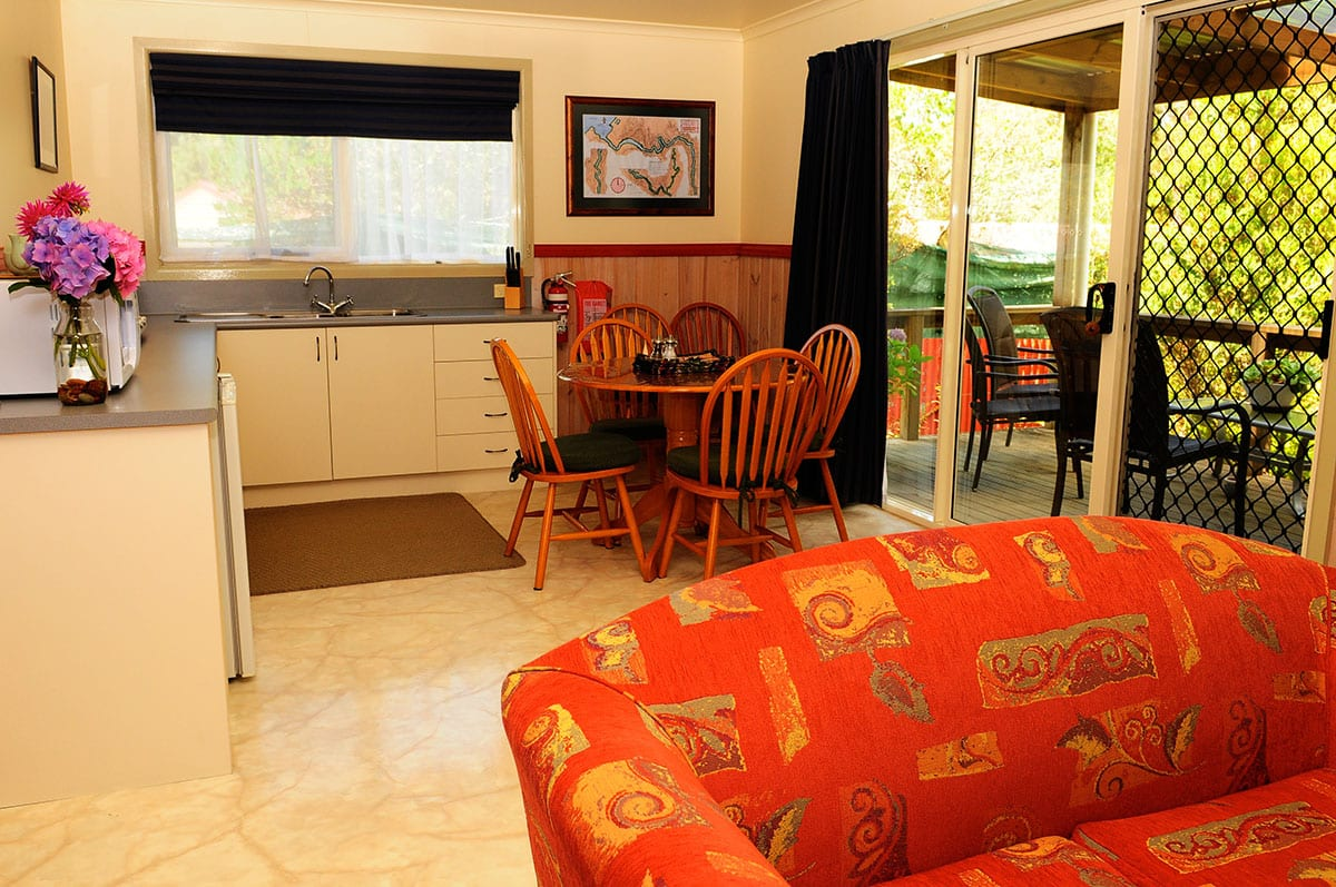 Esplanade.-Two-bedroom.-Unit-4.Kitchen.